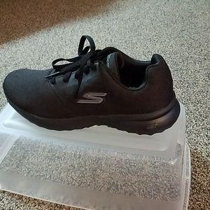 Skechers Shoes - Sketchers Go Max Walking Shoes